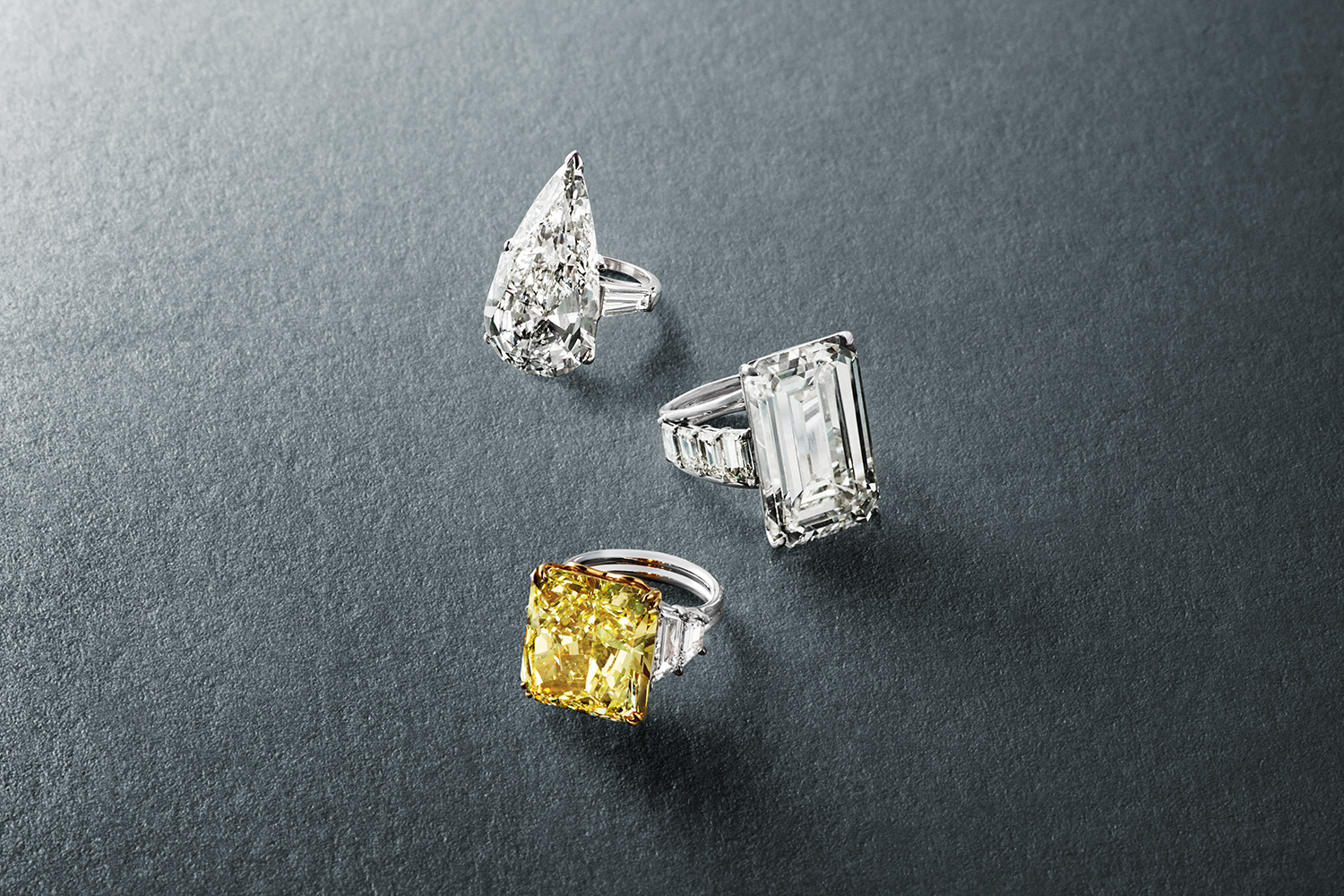 Jewellery Salon International   Trust is our Tradition since 10